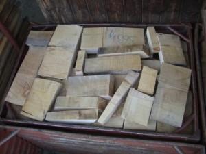 Brennholz Abschnitte